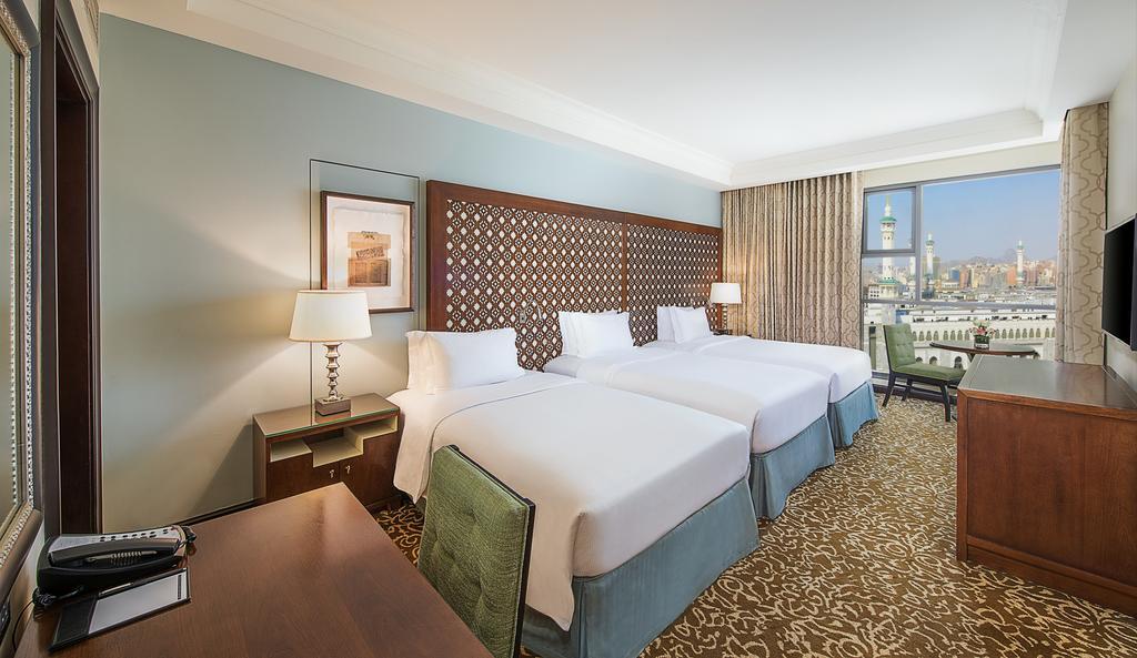 hilton suites triple